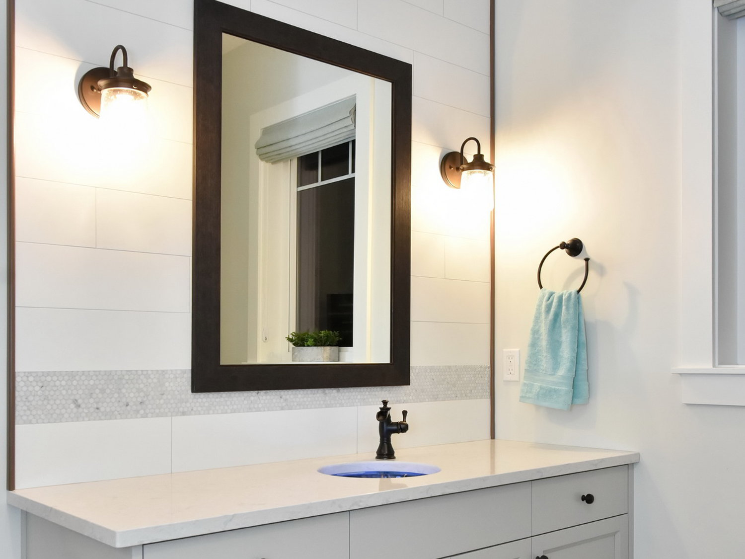 Kichler Wall Sconce in Oil Rubbed Bronze, Delta Trough style faucet